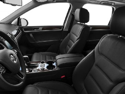 2015 Volkswagen Touareg 4dr TDI Lux - Click to see full-size photo viewer