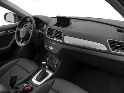 2018 Audi Q3 2.0 TFSI Premium quattro AWD - Click to see full-size photo viewer