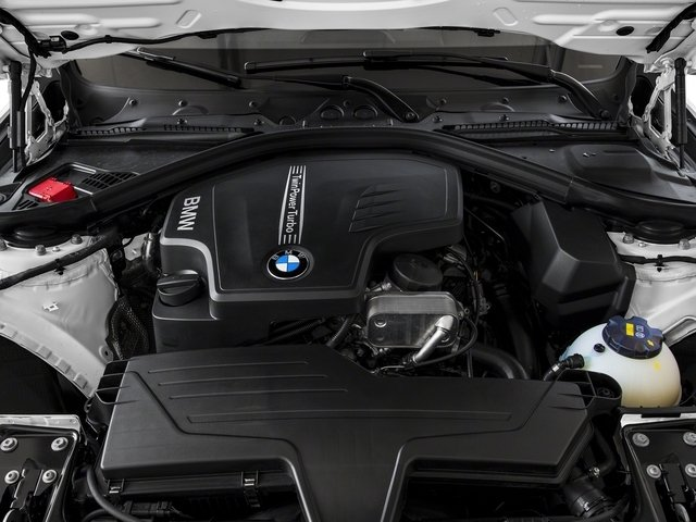 2018 BMW 3 Series 330i xDrive - Click to see full-size photo viewer