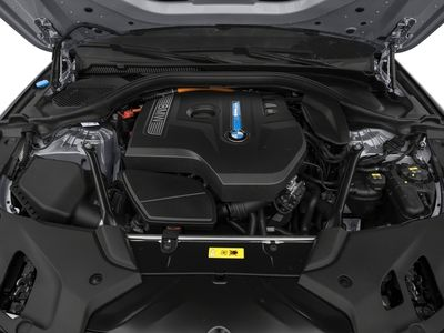 2018 BMW 5 Series 530e xDrive iPerformance Plug-In Hybrid - Click to see full-size photo viewer