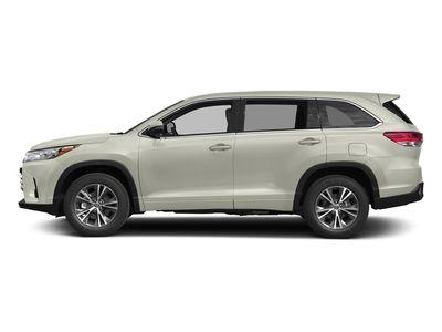 New 2018 Toyota Highlander LE Plus V6 AWD SUV