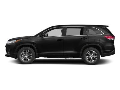 New 2018 Toyota Highlander LE Plus V6 FWD SUV