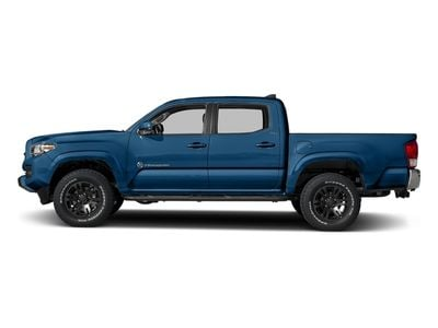 New 2018 Toyota Tacoma SR5 Double Cab 5' Bed V6 4x4 Automatic Truck