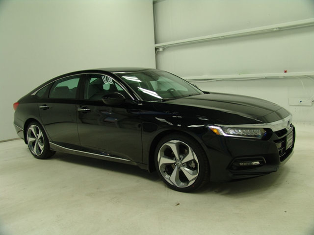 2018 Honda Accord Sedan Touring 2.0T Automatic - 17233124 - 0