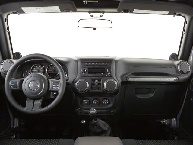2010 Jeep Wrangler Unlimited 4WD 4dr Sahara - 18444091 - 6