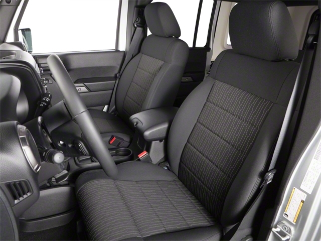 2010 Jeep Wrangler Unlimited 4WD 4dr Sahara - 18444091 - 7
