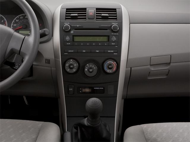2010 Toyota Corolla 4dr Sedan Automatic LE - 18713824 - 9