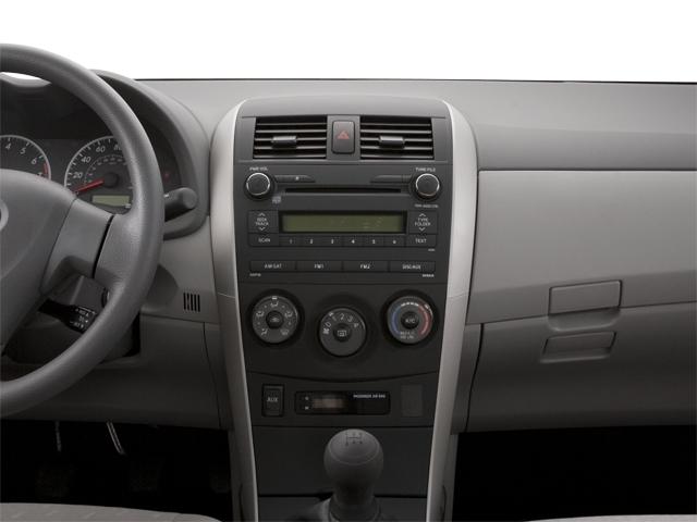 2010 Toyota Corolla 4dr Sedan Automatic LE - 18713824 - 17
