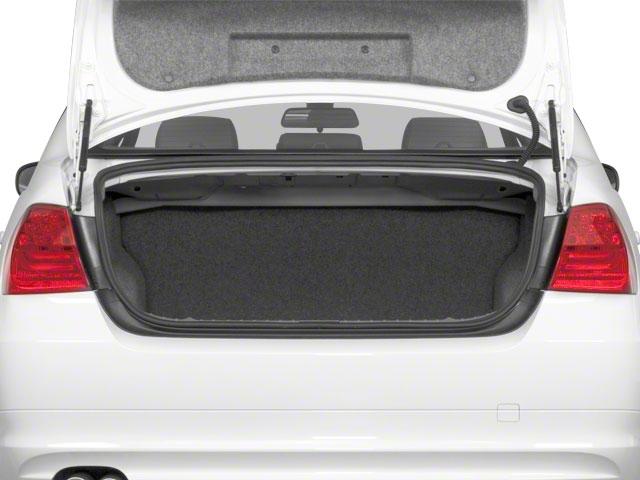 2011 BMW 3 Series 328i - 19029323 - 12