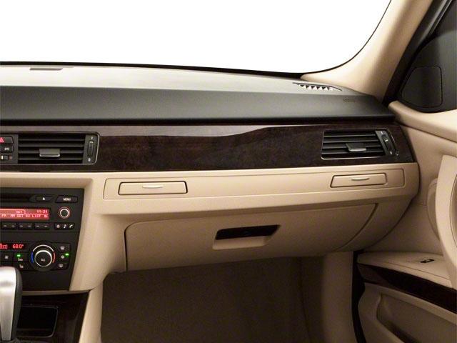 2011 BMW 3 Series 328i - 19029323 - 17