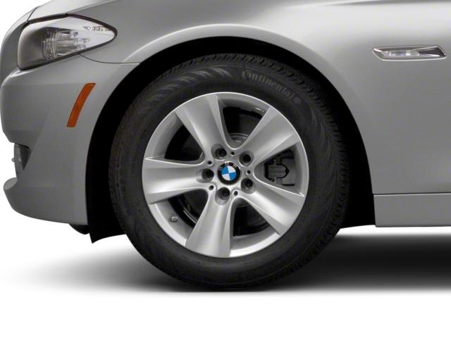 2011 BMW 5 Series 535i xDrive - 19017726 - 11