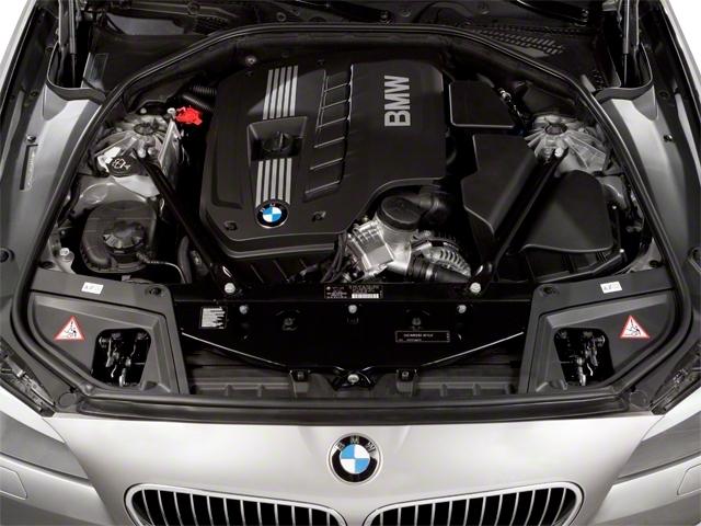 2011 BMW 5 Series 535i xDrive - 19017726 - 13