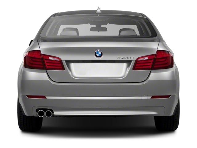 2011 BMW 5 Series 535i xDrive - 19017726 - 4