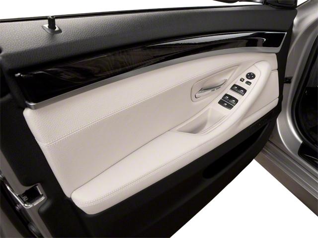 2011 BMW 5 Series 535i xDrive - 19017726 - 8