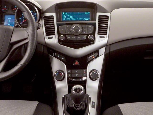 2011 Chevrolet CRUZE 4dr Sedan LT w/1LT - 18290719 - 10
