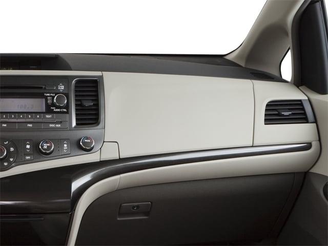 2012 Toyota Sienna 5dr 7-Passenger Van V6 XLE AWD - 18575880 - 17