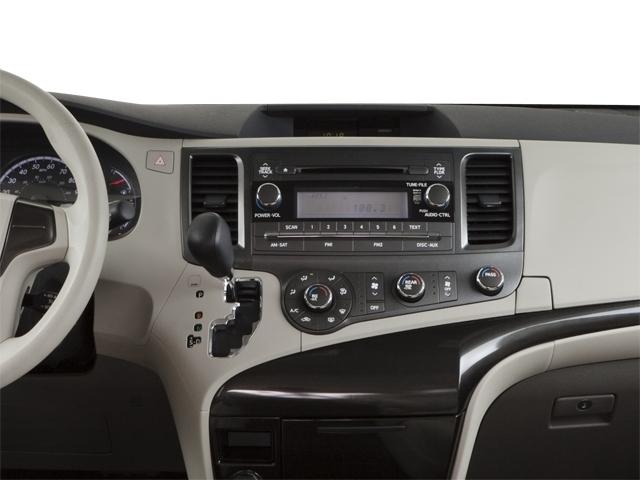 2012 Toyota Sienna 5dr 7-Passenger Van V6 XLE AWD - 18575880 - 19