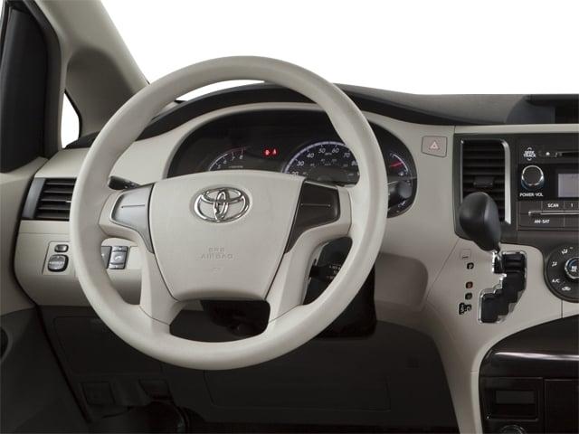 2012 Toyota Sienna 5dr 7-Passenger Van V6 XLE AWD - 18575880 - 5