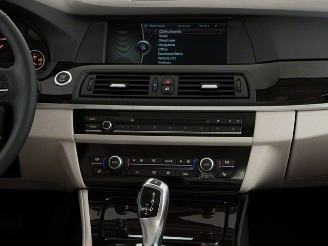 2013 BMW 5 Series 528i xDrive - 17431880 - 10
