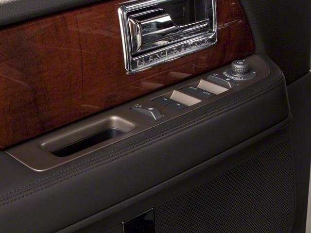 2013 Lincoln Navigator 2WD 4dr - 18685308 - 17