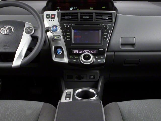 2013 Toyota Prius v 5dr Wagon Two - 18609113 - 10