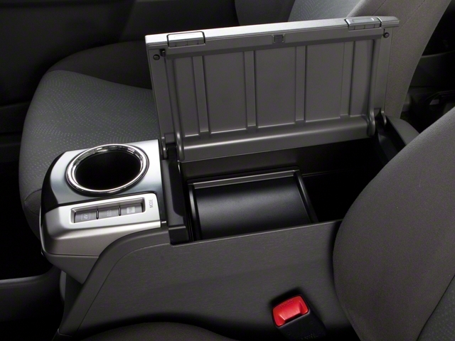 2013 Toyota Prius v 5dr Wagon Two - 18609113 - 16