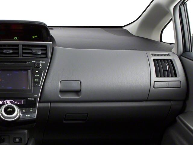 2013 Toyota Prius v 5dr Wagon Two - 18609113 - 17