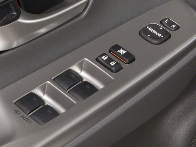 2013 Toyota Prius v 5dr Wagon Two - 18609113 - 18