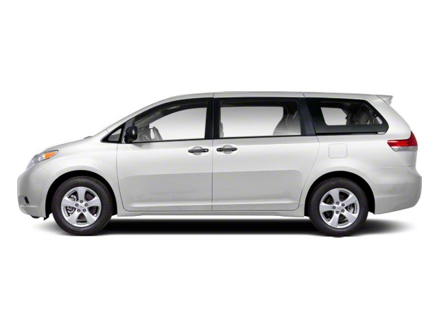 2013 Toyota Sienna LE - 17324559 - 0