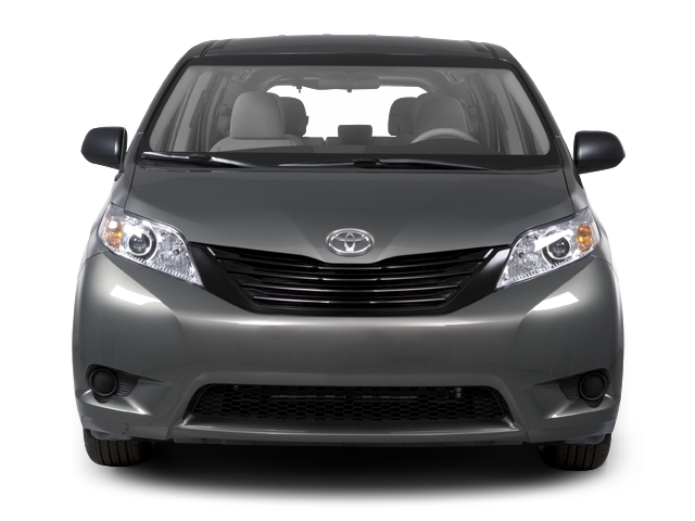 2013 Toyota Sienna LE - 17324559 - 3