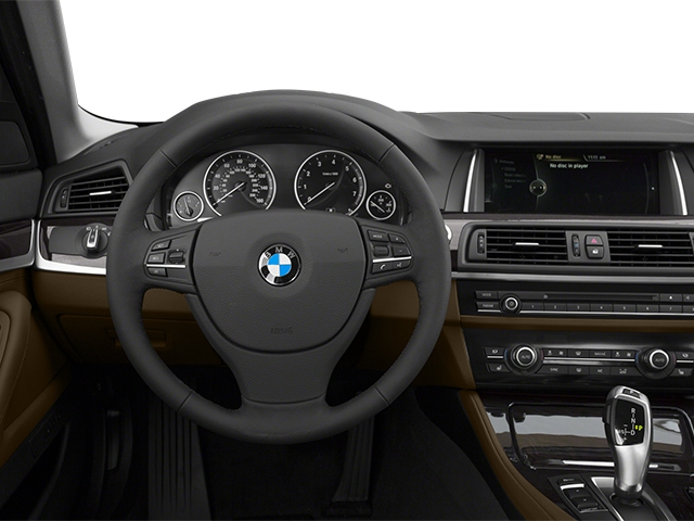 2014 BMW 5 Series 528i xDrive - 16837106 - 5