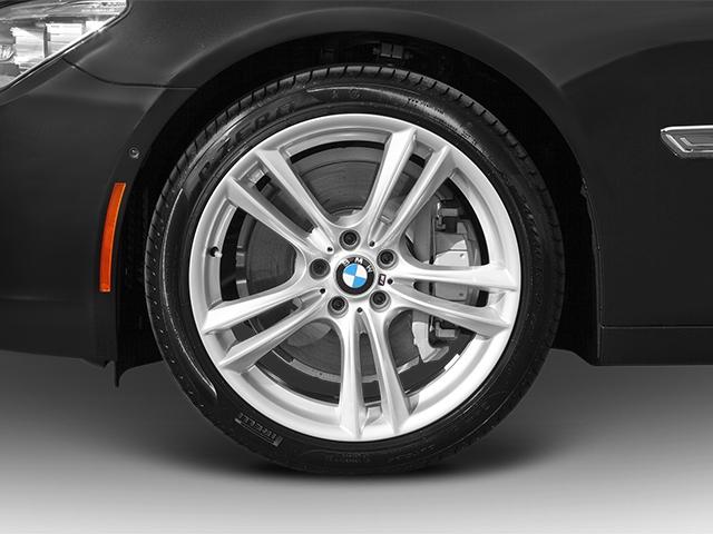 2014 BMW 7 Series 750Li xDrive - 16626875 - 10