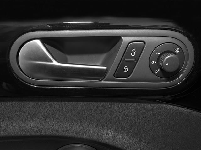 2014 Volkswagen Beetle Convertible 2dr DSG 2.0T R-Line PZEV - 18225021 - 17