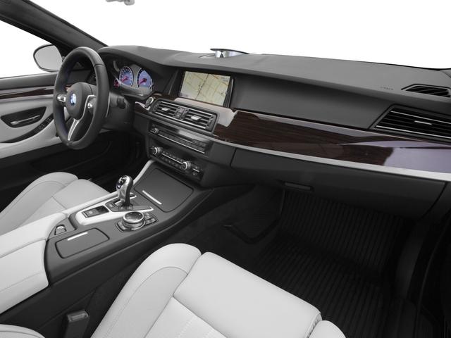 2015 BMW M5 4dr Sedan - 17040375 - 16