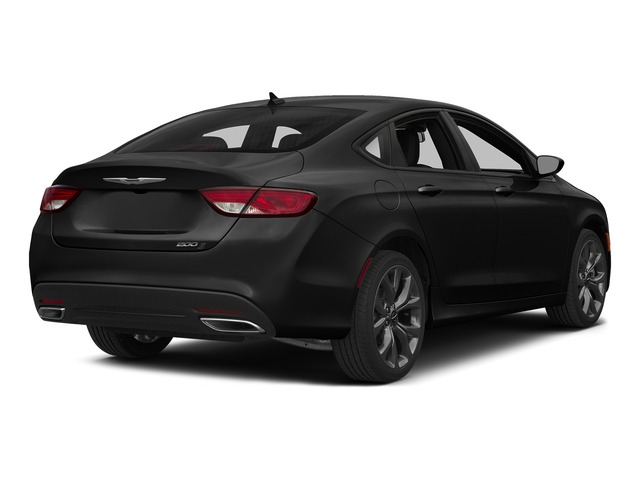 2015 Chrysler 200 4dr Sedan S FWD - 18657515 - 2