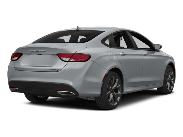 2015 Chrysler 200 4dr Sedan S FWD - 17808484 - 2