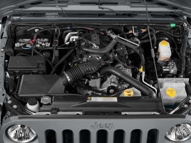 2015 Jeep Wrangler Unlimited 4WD 4dr Sport - 17555990 - 12