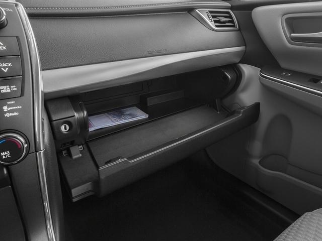 2015 Toyota Camry 4dr Sedan I4 Automatic LE - 17144417 - 14