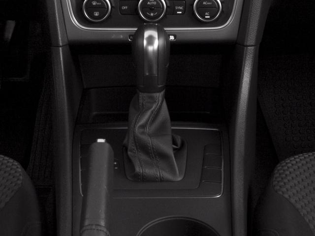 2015 Volkswagen Passat 1.8T Limited Edition Sedan - 18505367 - 9