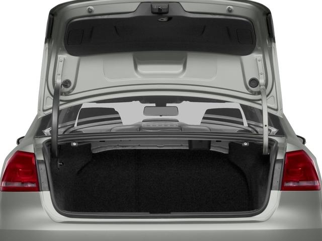 2015 Volkswagen Passat 1.8T Limited Edition Sedan - 18505367 - 11