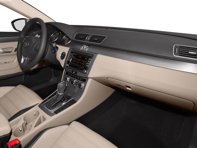 2015 Volkswagen Passat 1.8T Limited Edition Sedan - 18505367 - 16