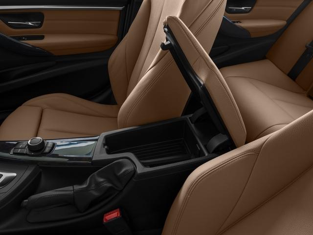 2016 BMW 3 Series 328i xDrive - 19017744 - 13