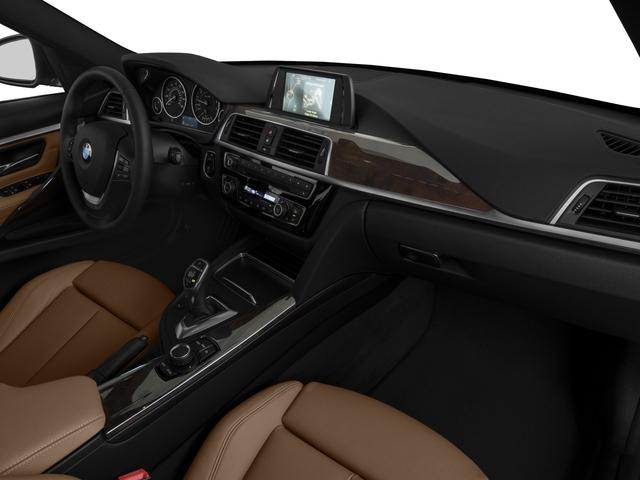 2016 BMW 3 Series 328i xDrive - 19017744 - 14