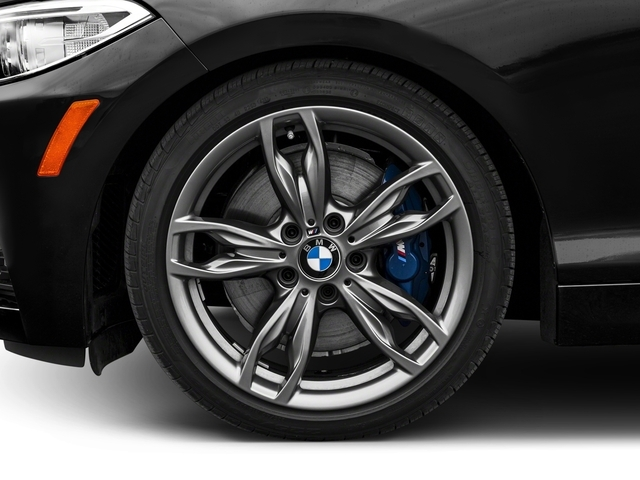 2016 BMW 2 Series M235i xDrive - 18712917 - 9