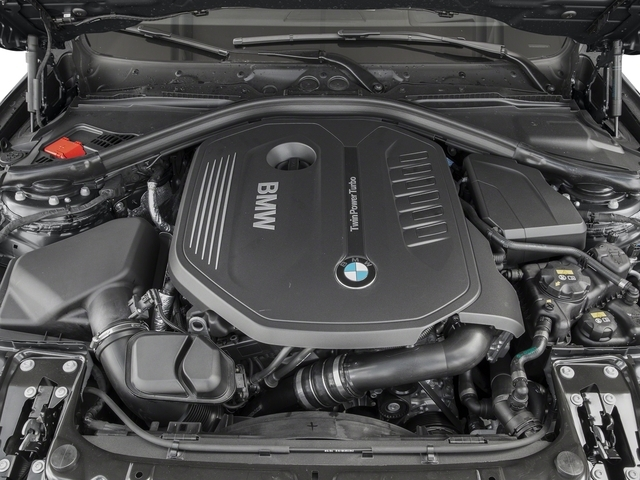 2016 BMW 3 Series 340i xDrive - 19024085 - 11
