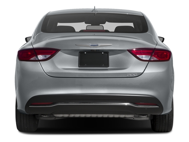 2016 Chrysler 200 Limited - 18283359 - 4