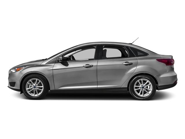 2016 Ford Focus SE Sedan - 18603411 - 0
