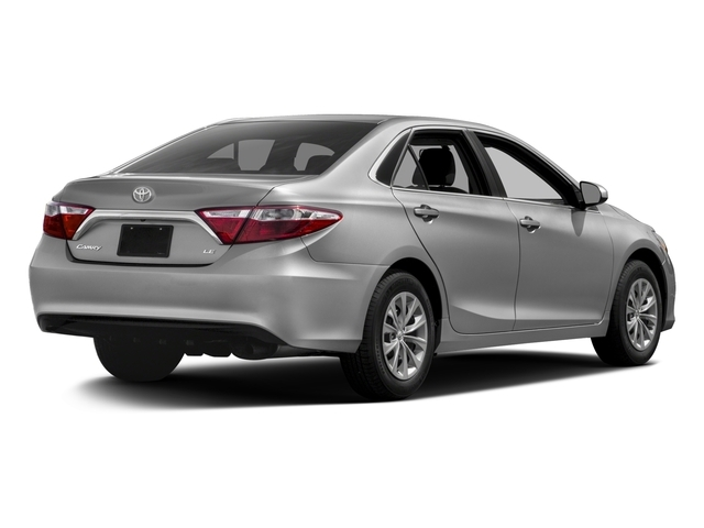 2016 Toyota Camry 4dr Sedan I4 Automatic XLE - 17863232 - 2
