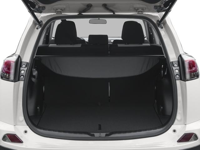 2016 Toyota RAV4 AWD 4dr XLE - 18819400 - 10