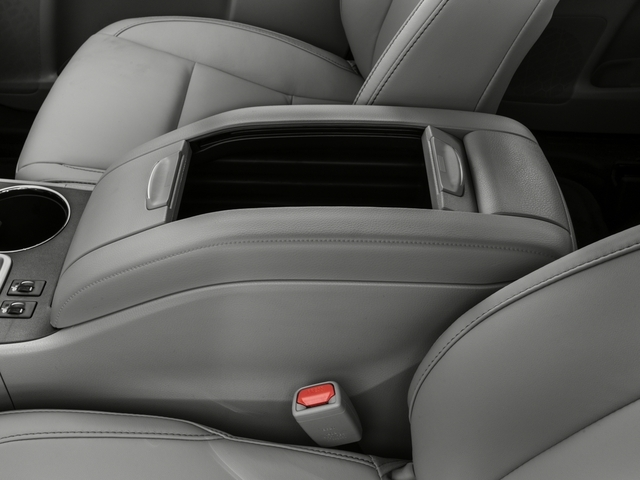 2016 Toyota Highlander AWD 4dr V6 XLE - 18602206 - 13